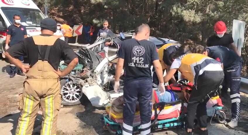 Bursa'da zincirleme kaza: 1'i ağır 3 yaralı
