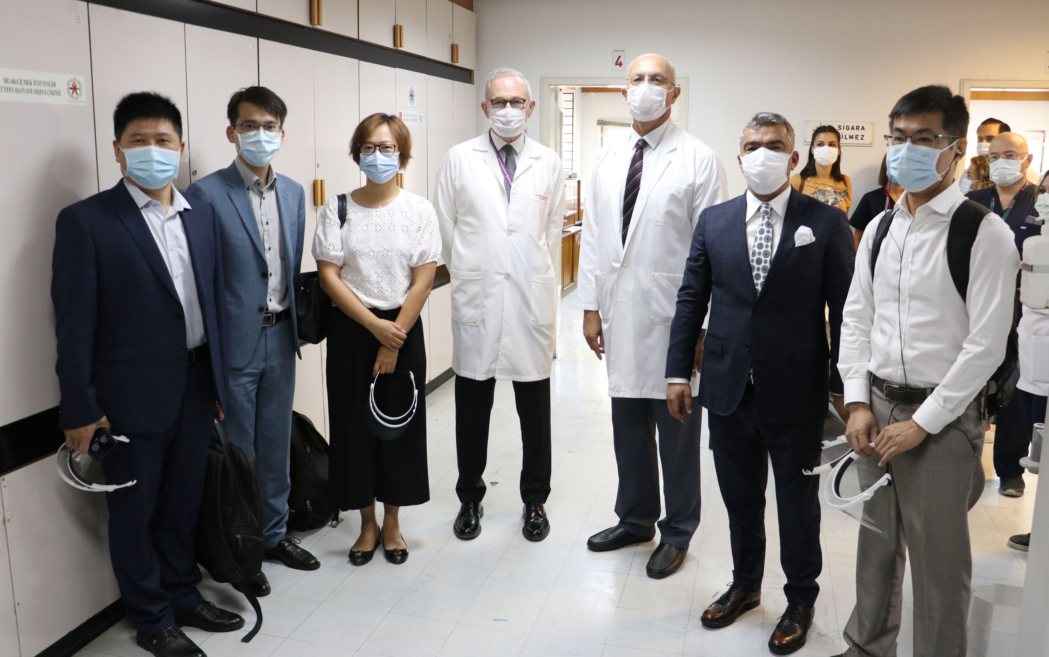 Koronavirüs aşısının Türkiye'deki denemeleri başladı