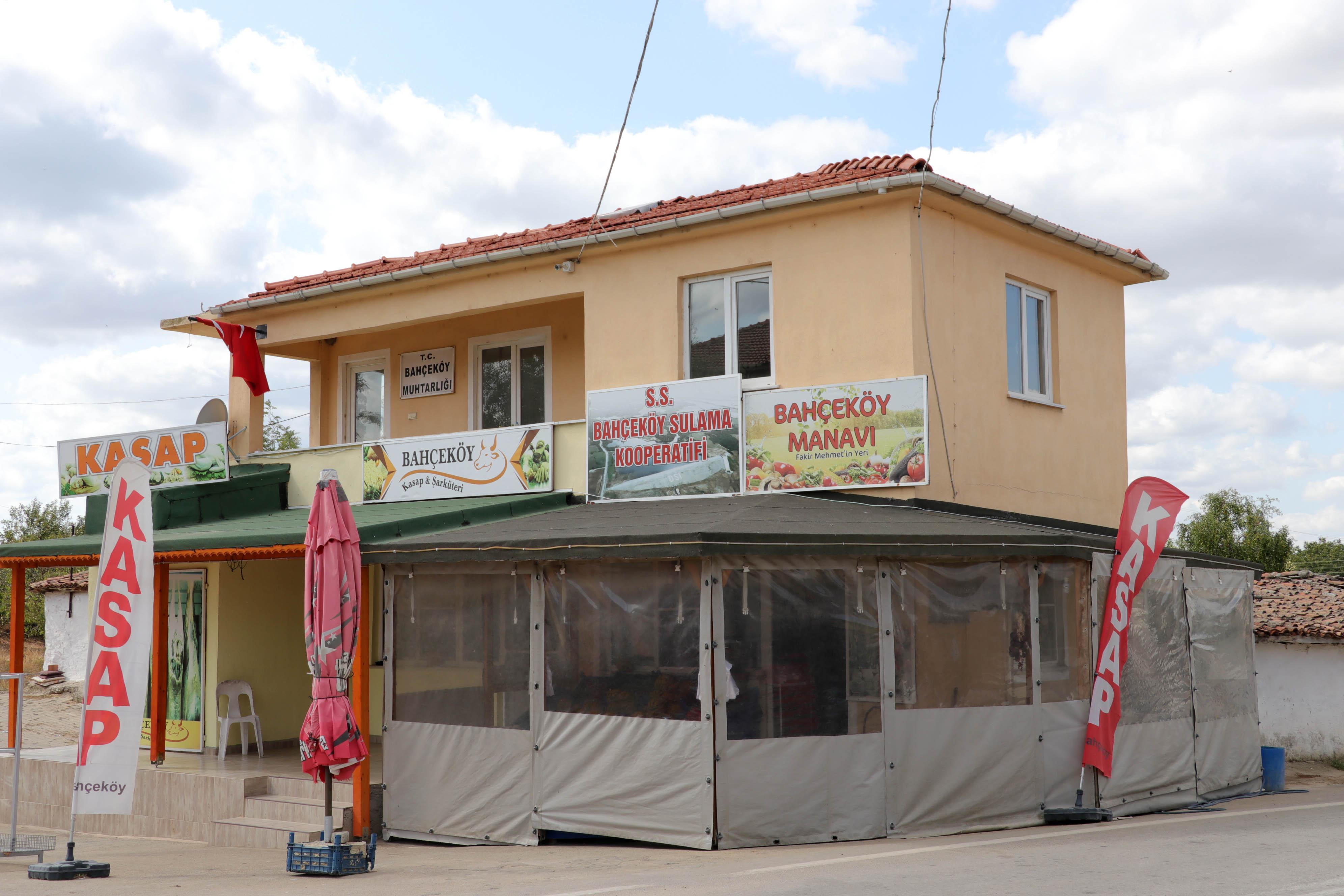 Edirne'de 502 nüfuslu köy karantinaya alındı! İşletmeler kapatıldı