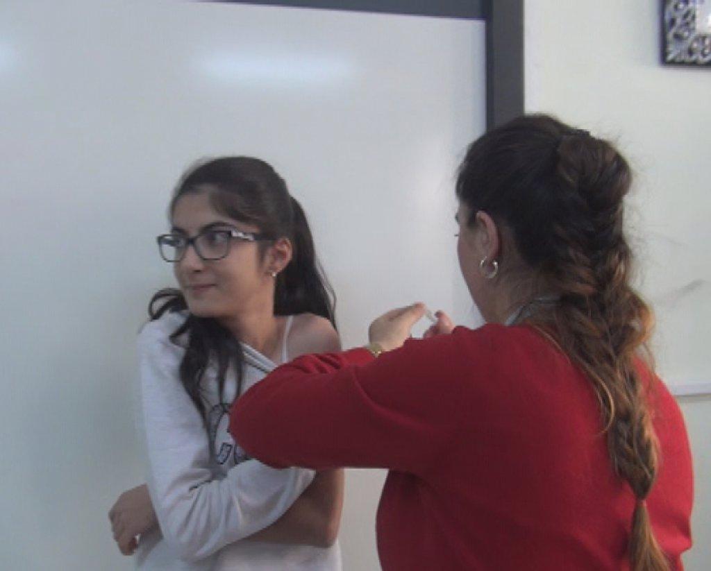 Her yıl okul sıralarında yapılan aşı pandemi nedeniyle aile hekimliğine taşınıyor