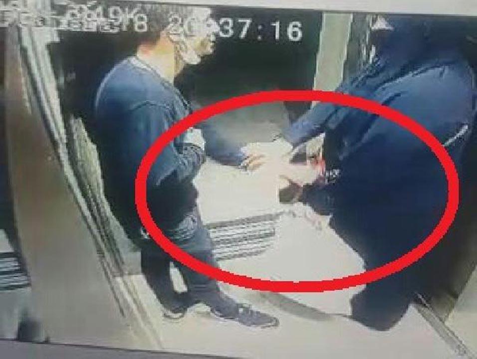 Asansörde taciz skandalı kamerada! 'Uğraşmak istemiyorum' diyerek şikayetçi olmadı