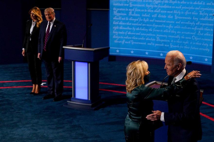 ABD Başkan adayları, seçim öncesi birbirlerinin tüm foyalarını ortaya çıkardı