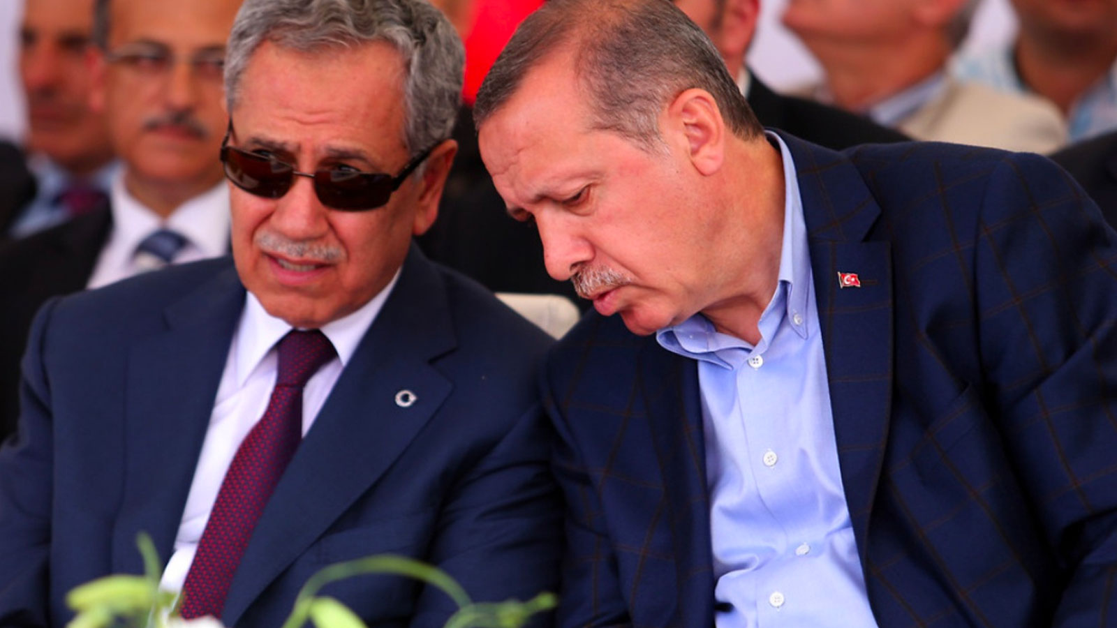 Cumhurbaşkanlığı YİK Üyesi Bülent Arınç istifa etti
