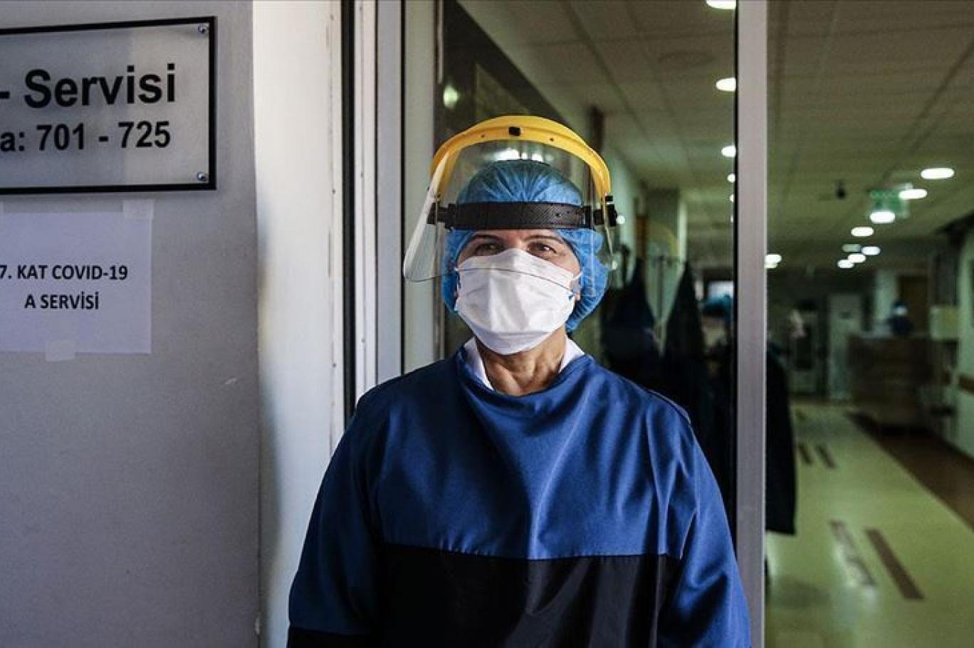 Prof. Dr. Hakan Oğuztürk'ün açıklaması maske takmaktan sıkılanları üzecek!
