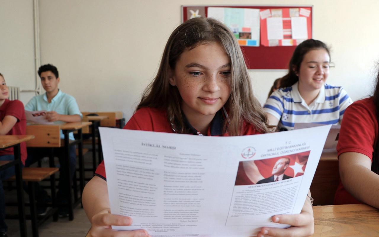 Milli Eğitim Bakanı Ziya Selçuk'tan yarıyıl tatili ve karne açıklaması