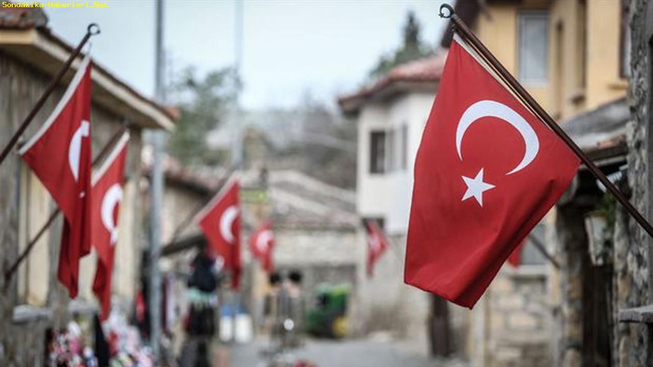 CHPli belediyeler, bünyesinde çalışanlar için en düşük maaşı 3 bin 100 lira oalrak açıkladı!
