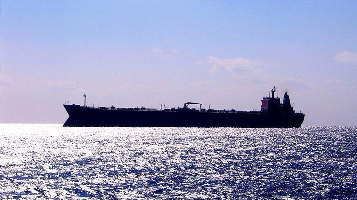 Türk gemisini yarım saat kovalayan korsanlar, kapıları balyozla kıramayınca taş motoruyla kesmişler