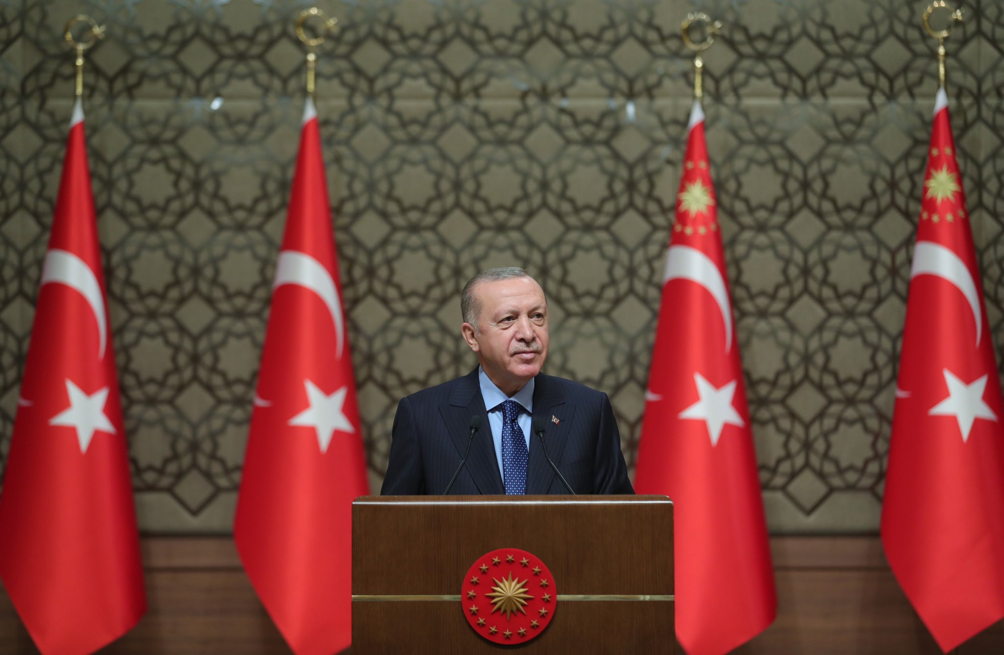 Cumhurbaşkanı Erdoğan'dan çarpıcı CHP yorumu: Parçalanmaya başladılar