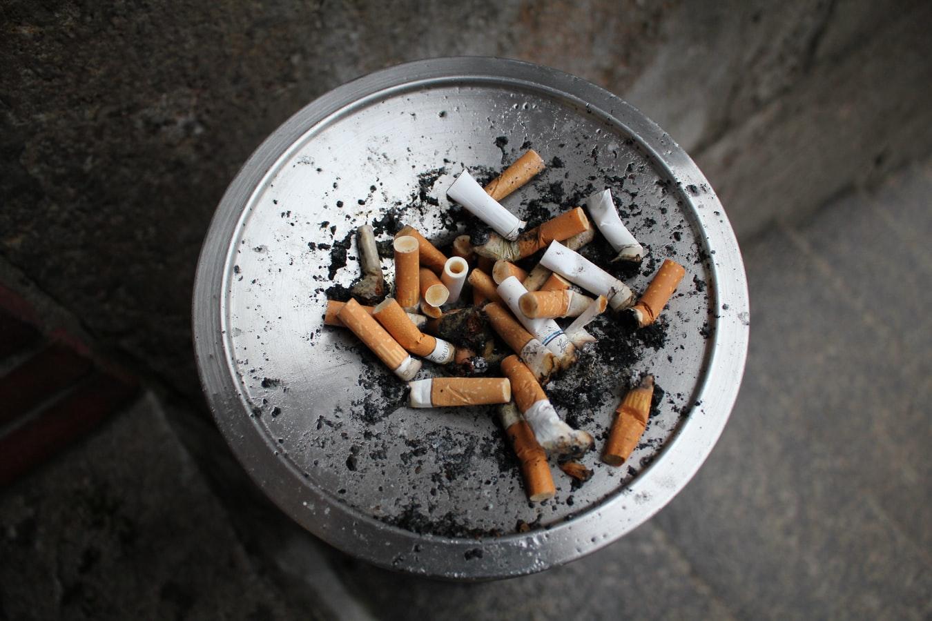 Marketlerde sigara satışına yasak geliyor!