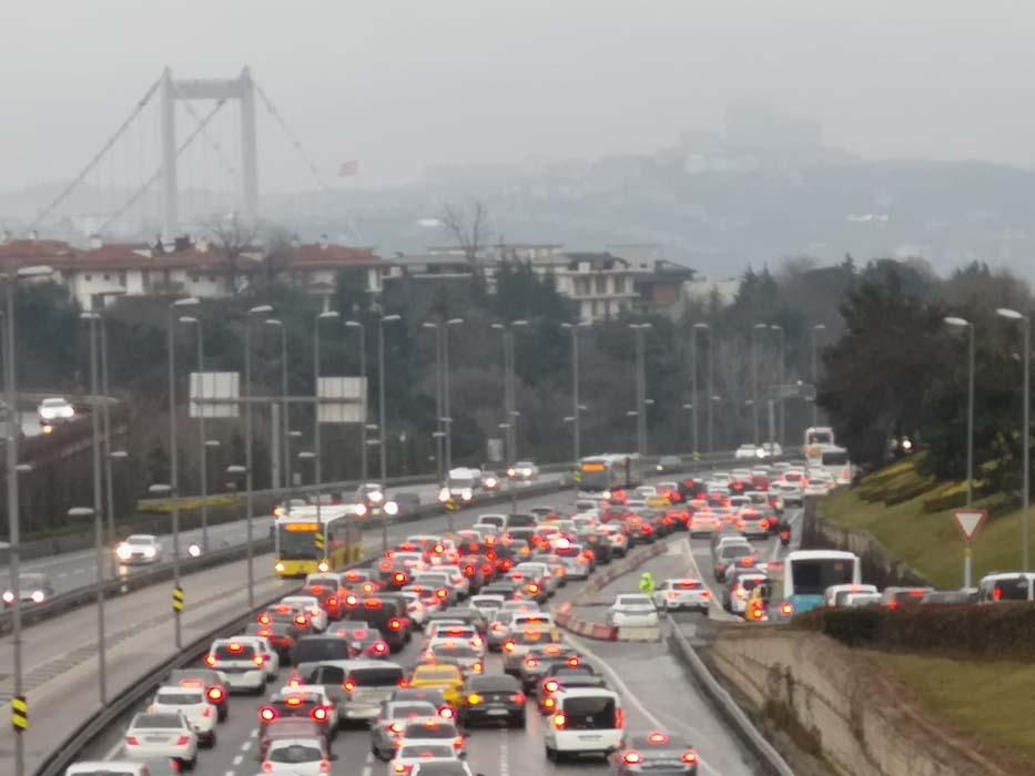 İstanbul'da kısıtlamasız ilk cumartesinin ardından korkutan uyarı: Vaka artışının kaçınılmaz olacak