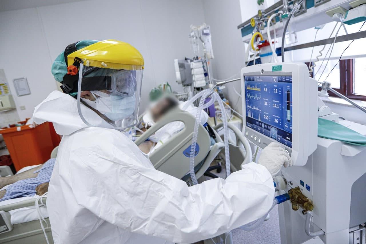 Koronayı atlatan kişilerde antikor araştırması: Ev hanımları 3 ay, sağlık çalışanları 9 ay korunuyor!